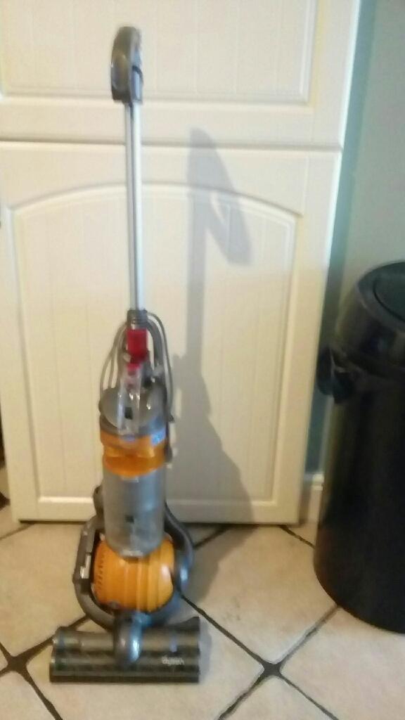 Dyson dc24 small ball vacuum
