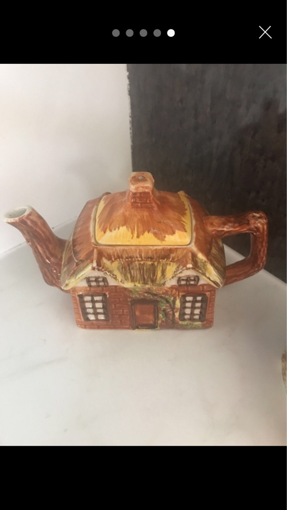 Cottage ware item