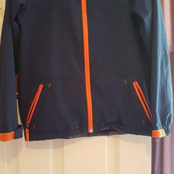 Northface light jacket age 10/12