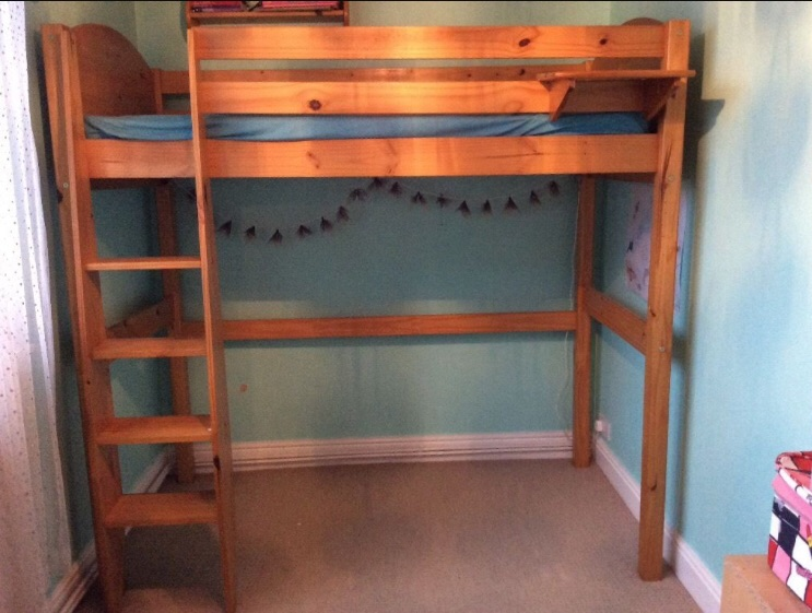 **MUST GO**High sleeper bed inc mattress