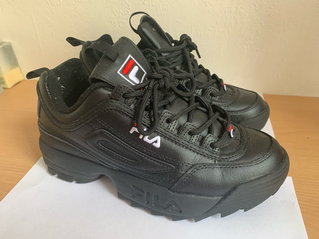 Fila Distuptor Black Trainers in UK Size 6