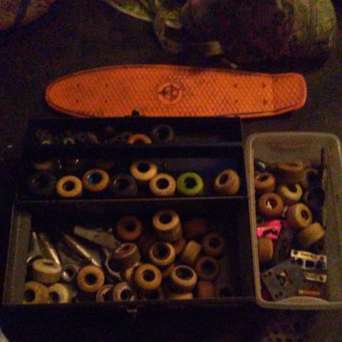 Penny Cruiser board/LOTS OF SKATE PARTS