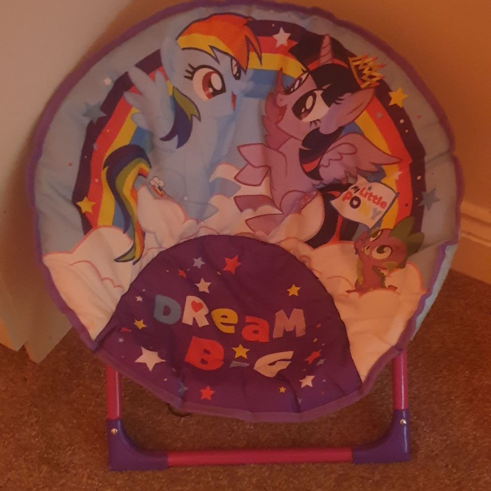 My little pony chair