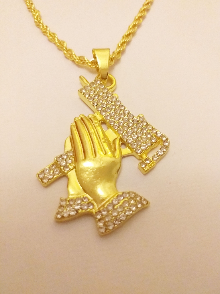 Pray hands pendant chain