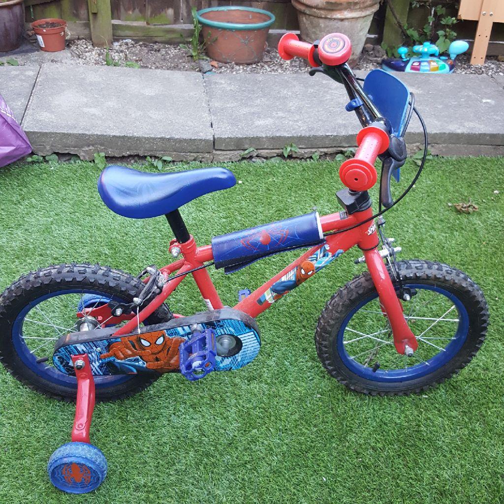 Halfords Spider bike 14'