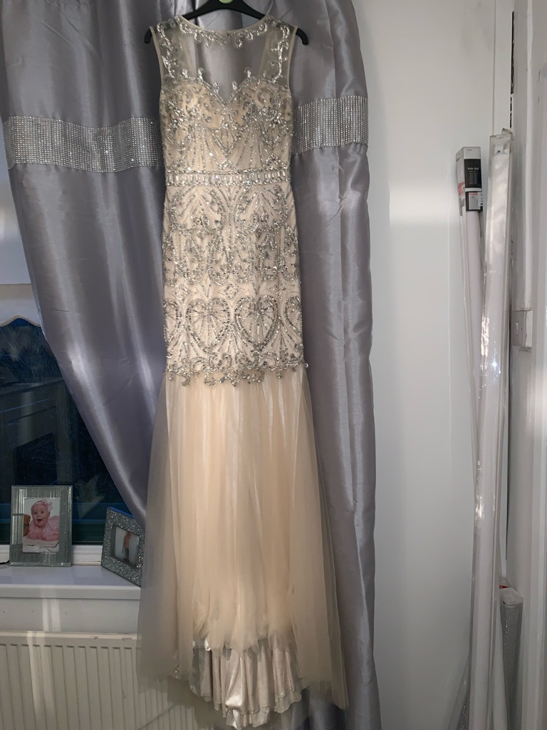 Mermaid style prom dress. (In Champagne)