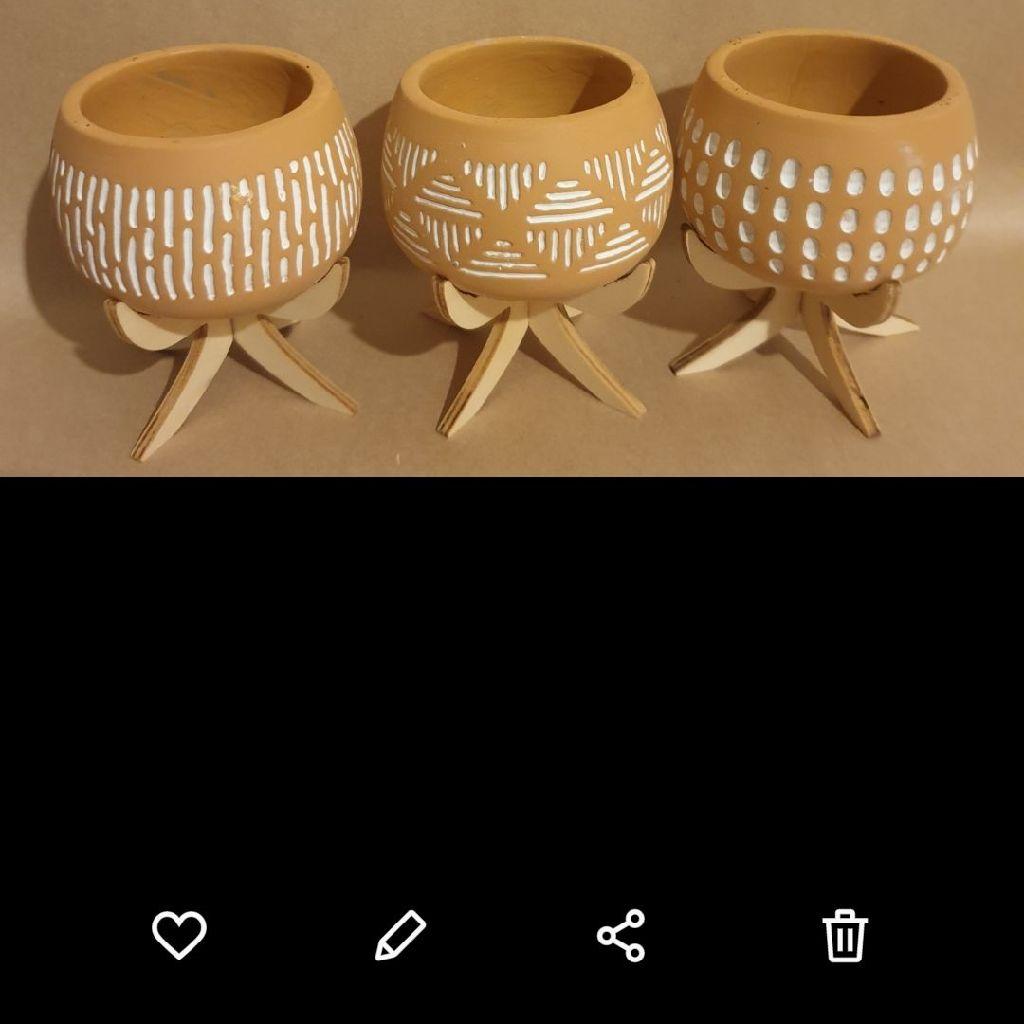 3 ceramic Pot brown