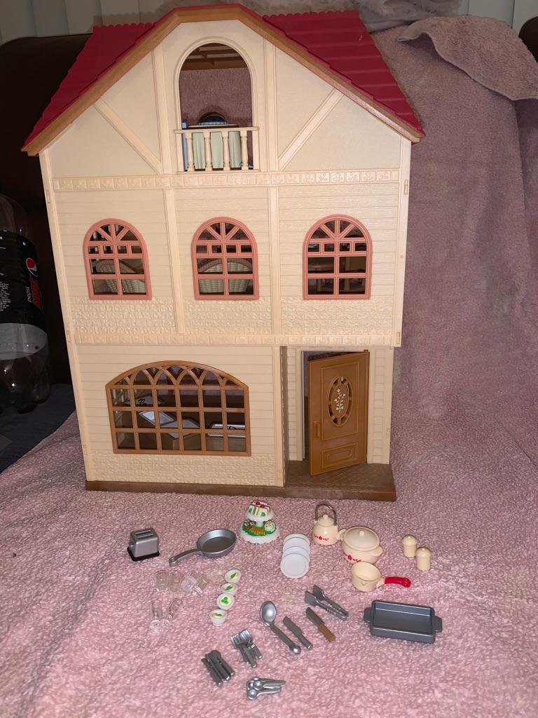 Sylvanian family 3 story house