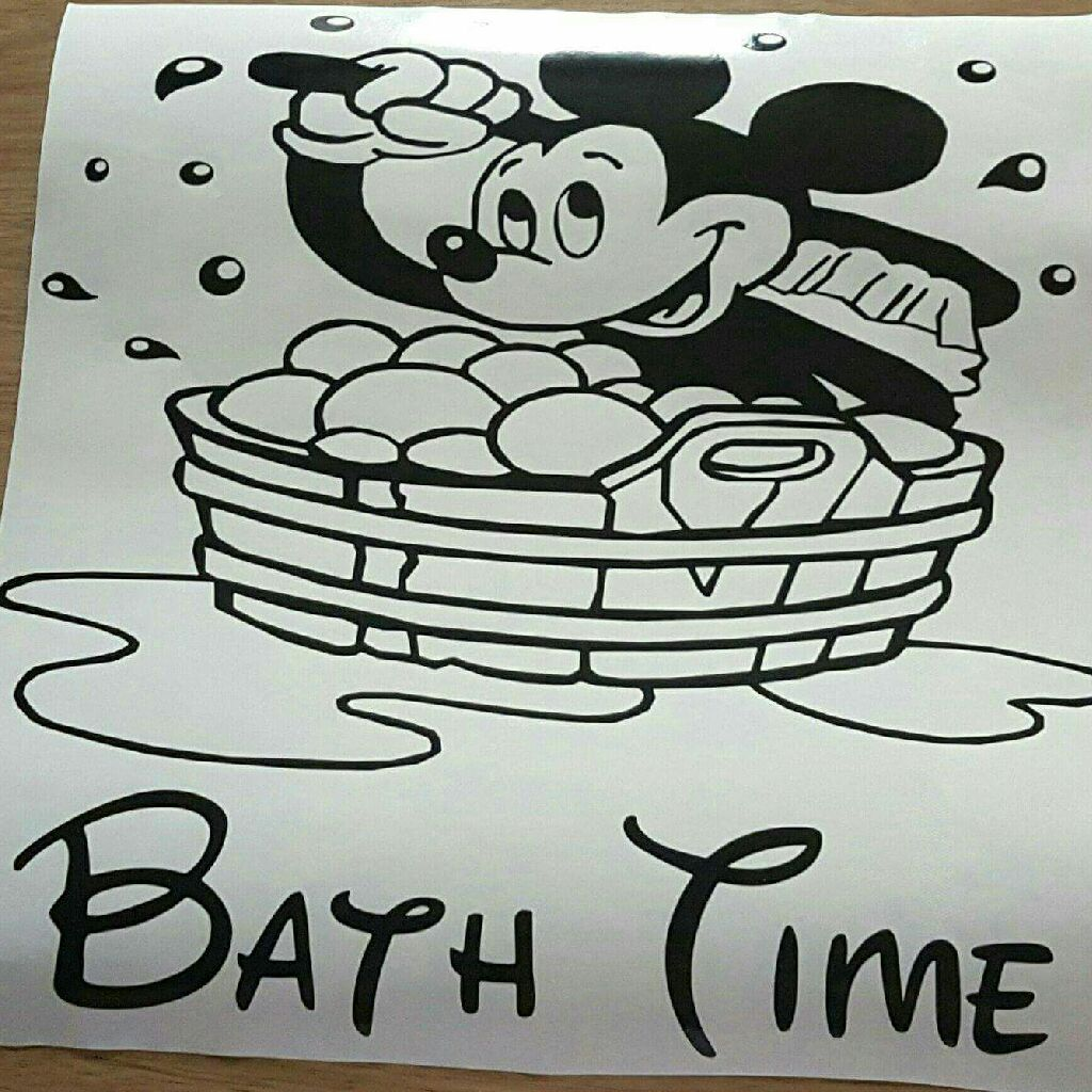 Mickey mouse in bath