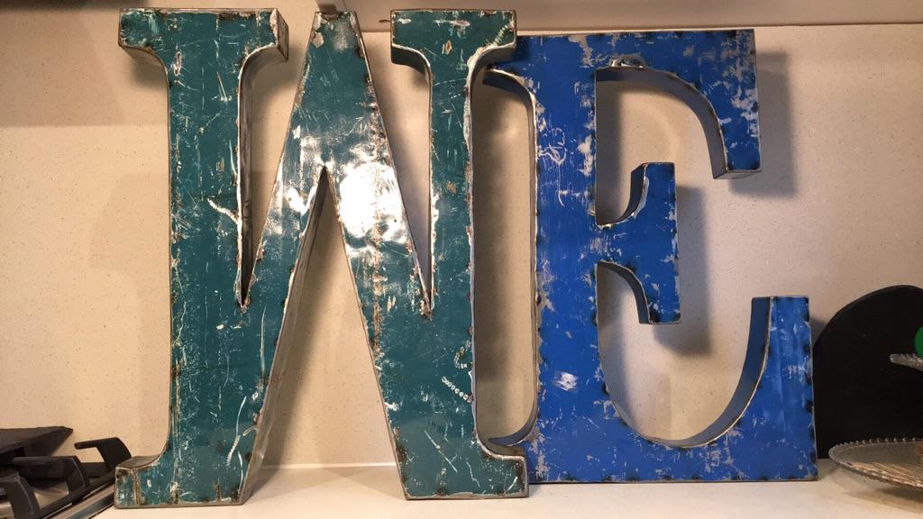 ME metal letter
