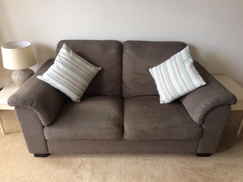 Free sofa - collection today ONLY!!