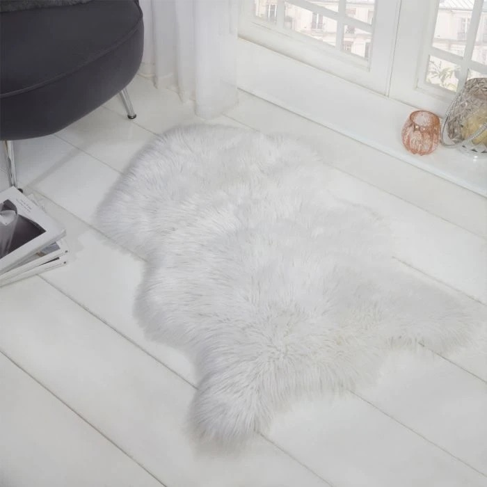 Faux Fur sheep skin rug