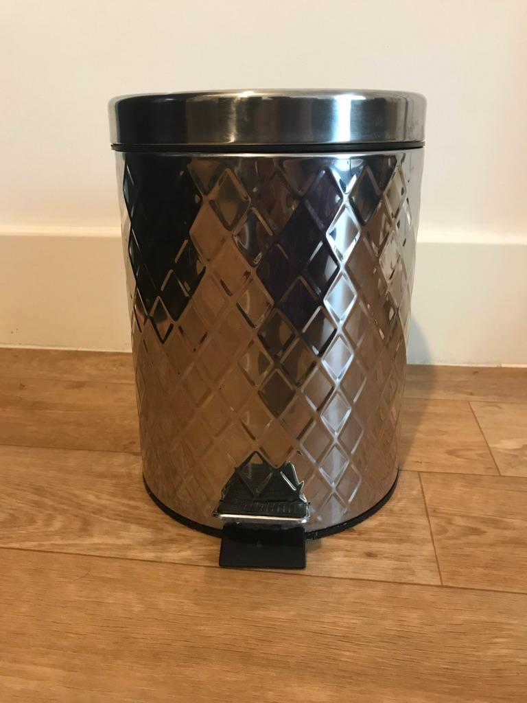 5 Litre Bathroom Pedal Bin Stainless Steel