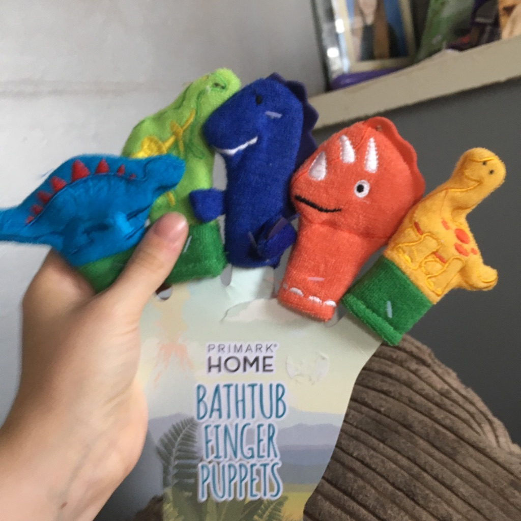 Bathtub finger puppets