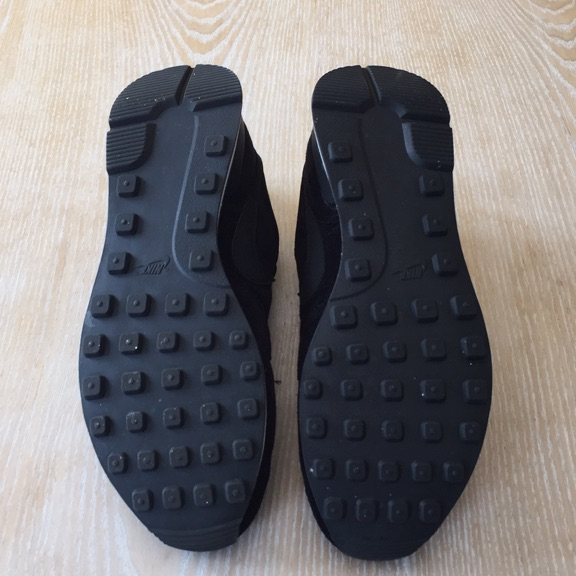 Size 8 black suede nikes
