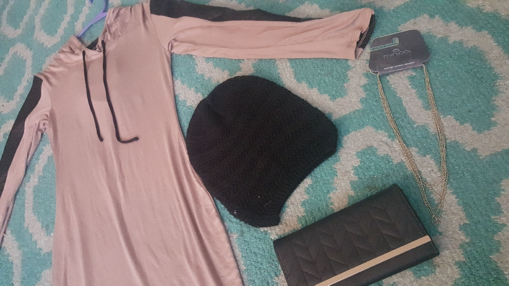 Classy/casual never worn brown&Black winter dress with wallet black beanie hat and necklace