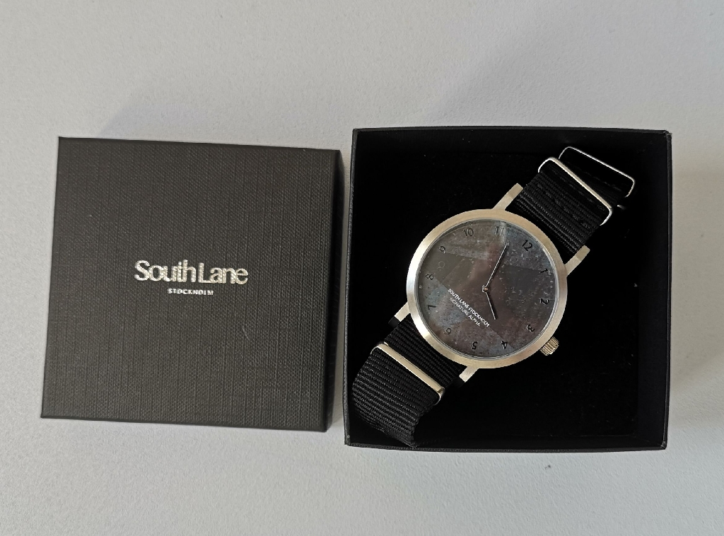 An unused SouthLane Stockholm, Signature Alpha Unisex Wristwatch.