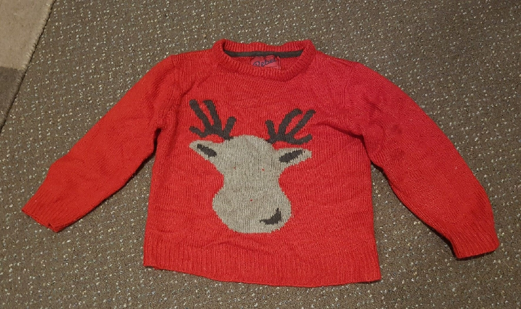 Various kids Christmas jumpers £3each