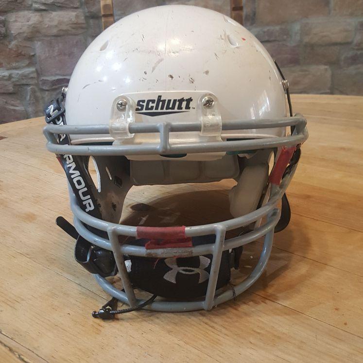 Football helmet size small