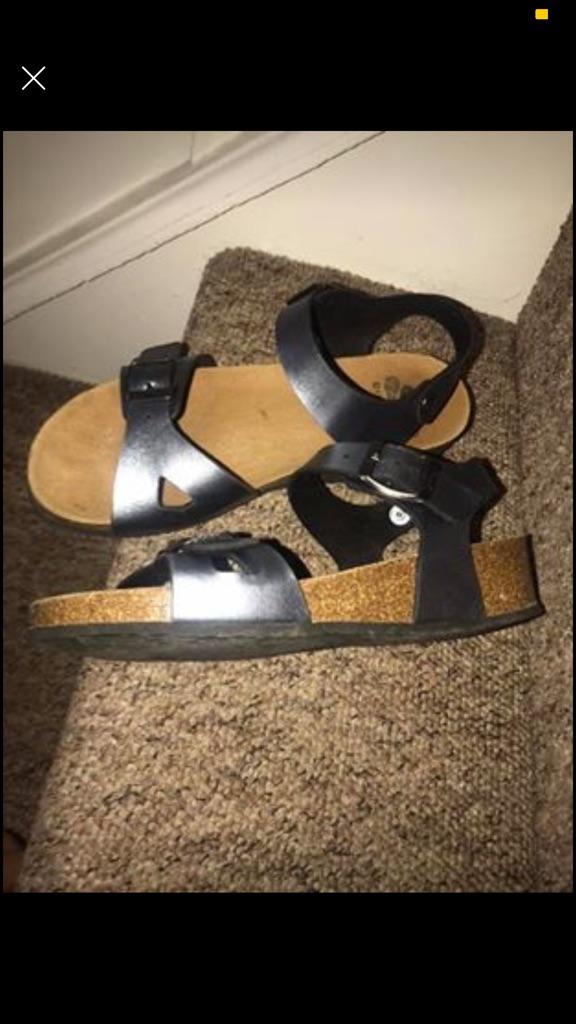 Women sandals size 36