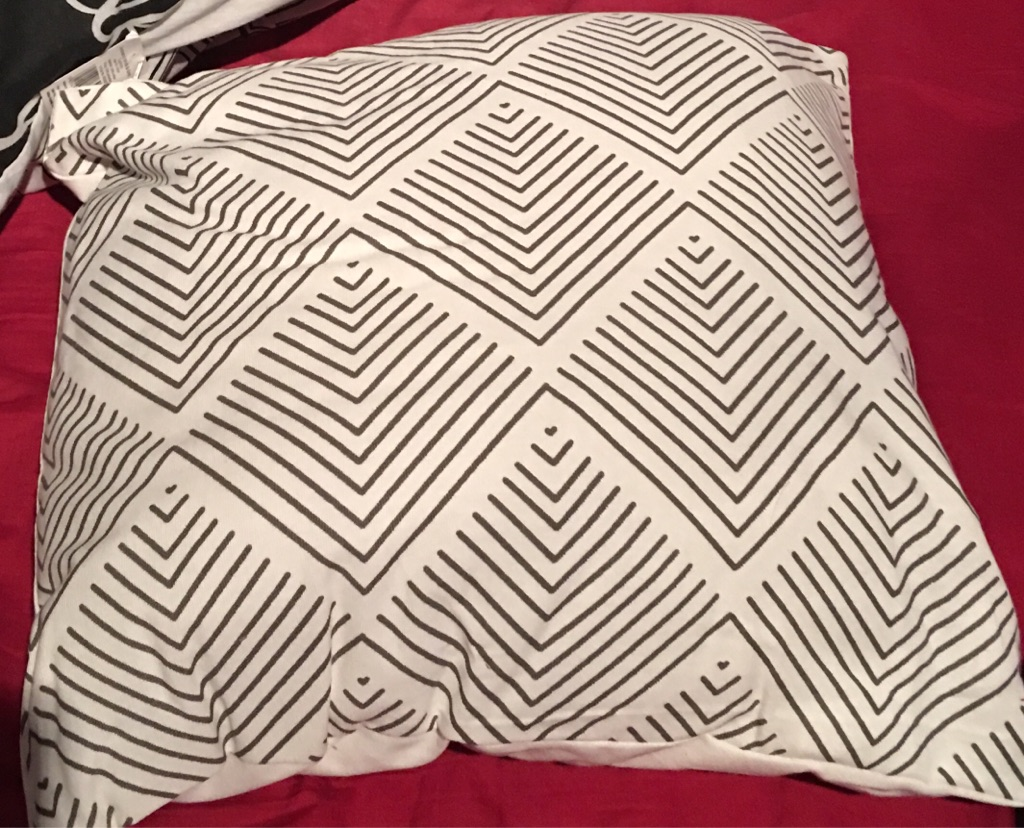 Ex house of Fraser brand new cushions