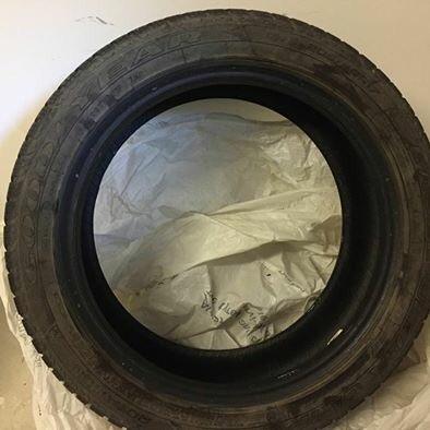 Run flat winter tyres