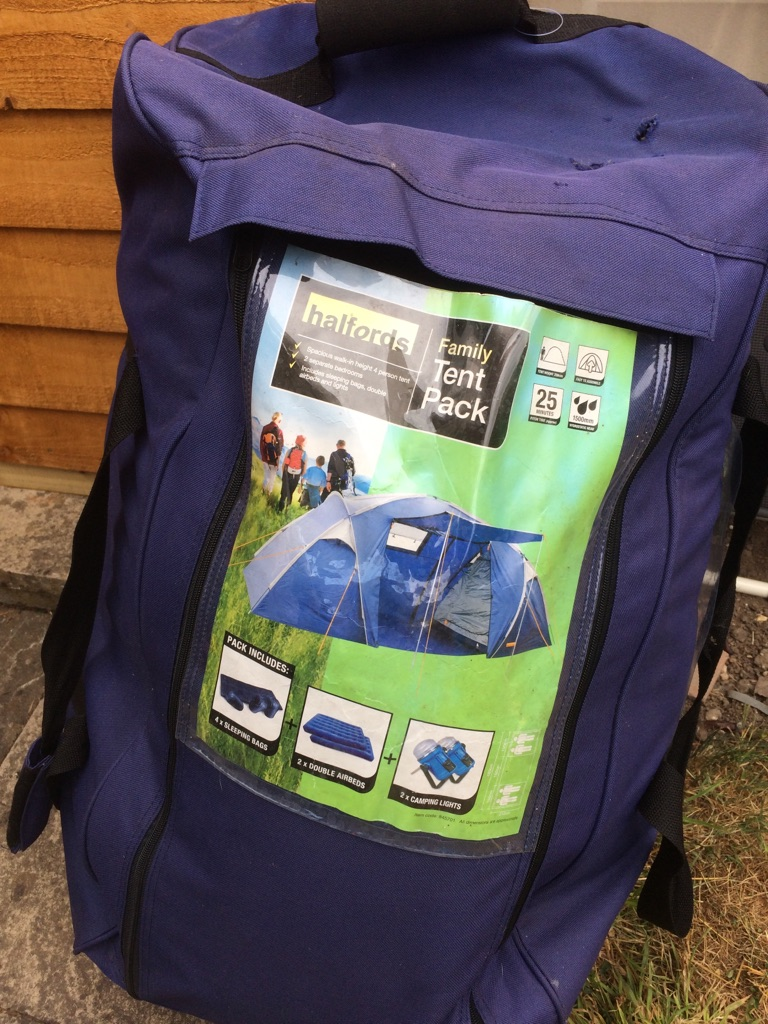 Halfords family tent pack