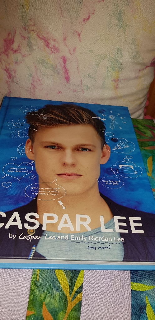 Caspar Lee book