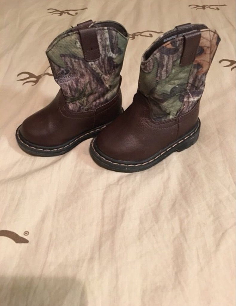 Baby camo Boots