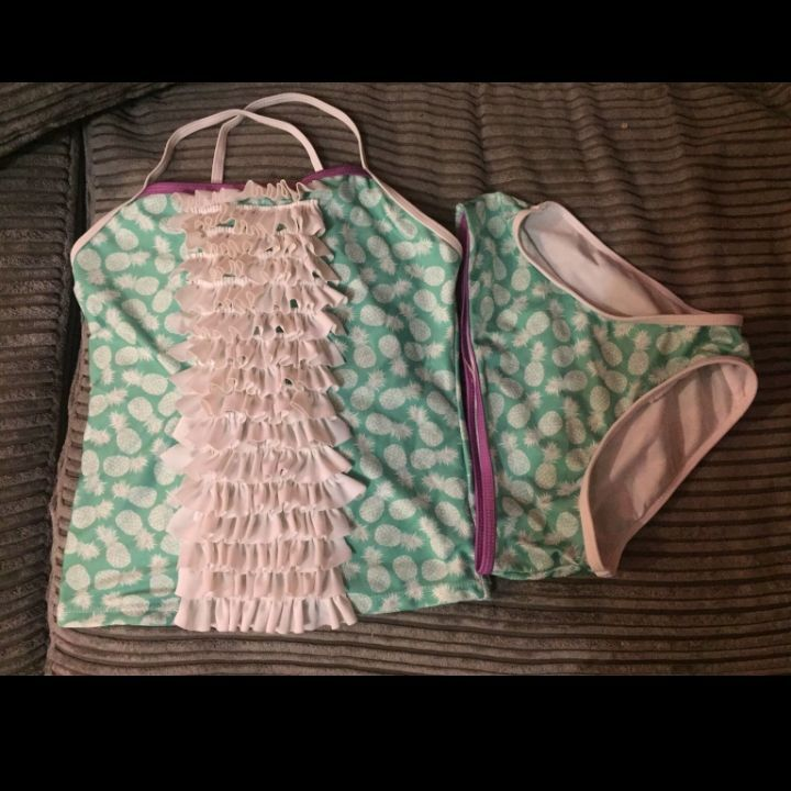 Girls swim suit 9-10yrs