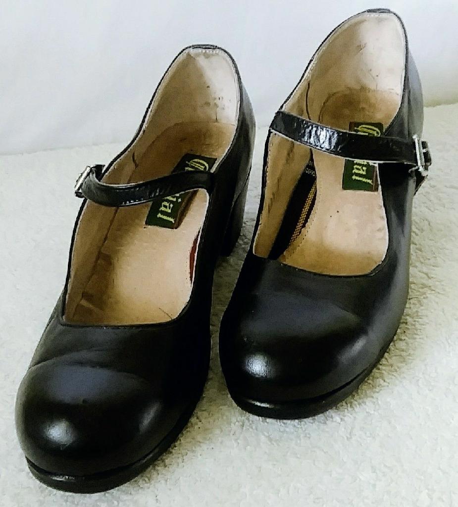 Black folklorico shoes