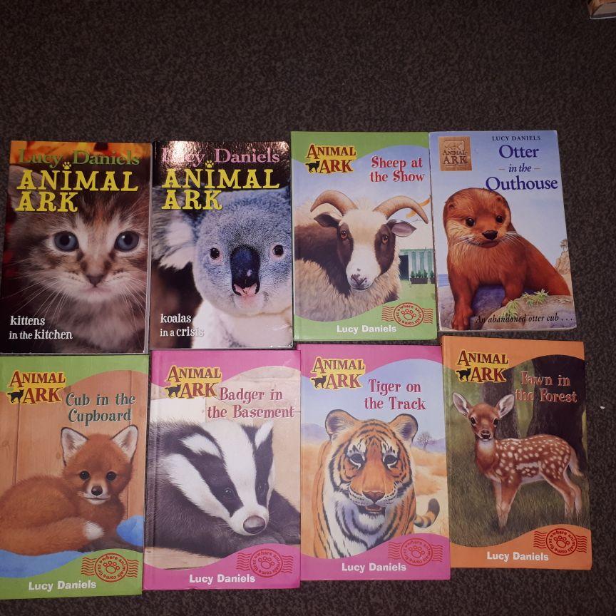 Lucy Daniels books x36