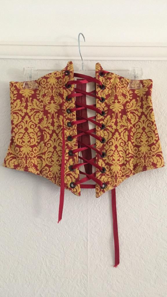 Underbust non-boned corset