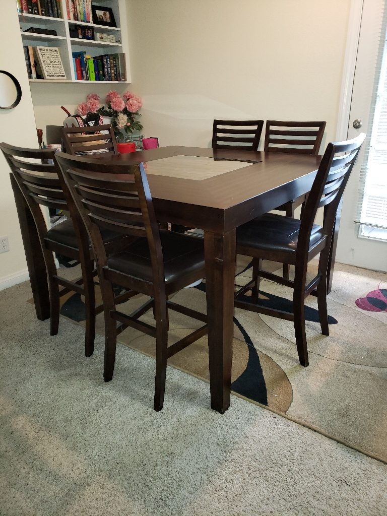 Stunning 7 piece dining set