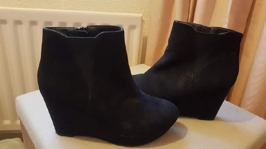 Womans ankle boot