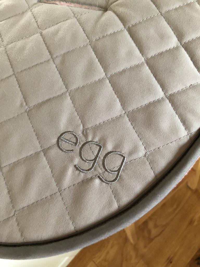 'EGG STROLLER' fur seat liner, pink.