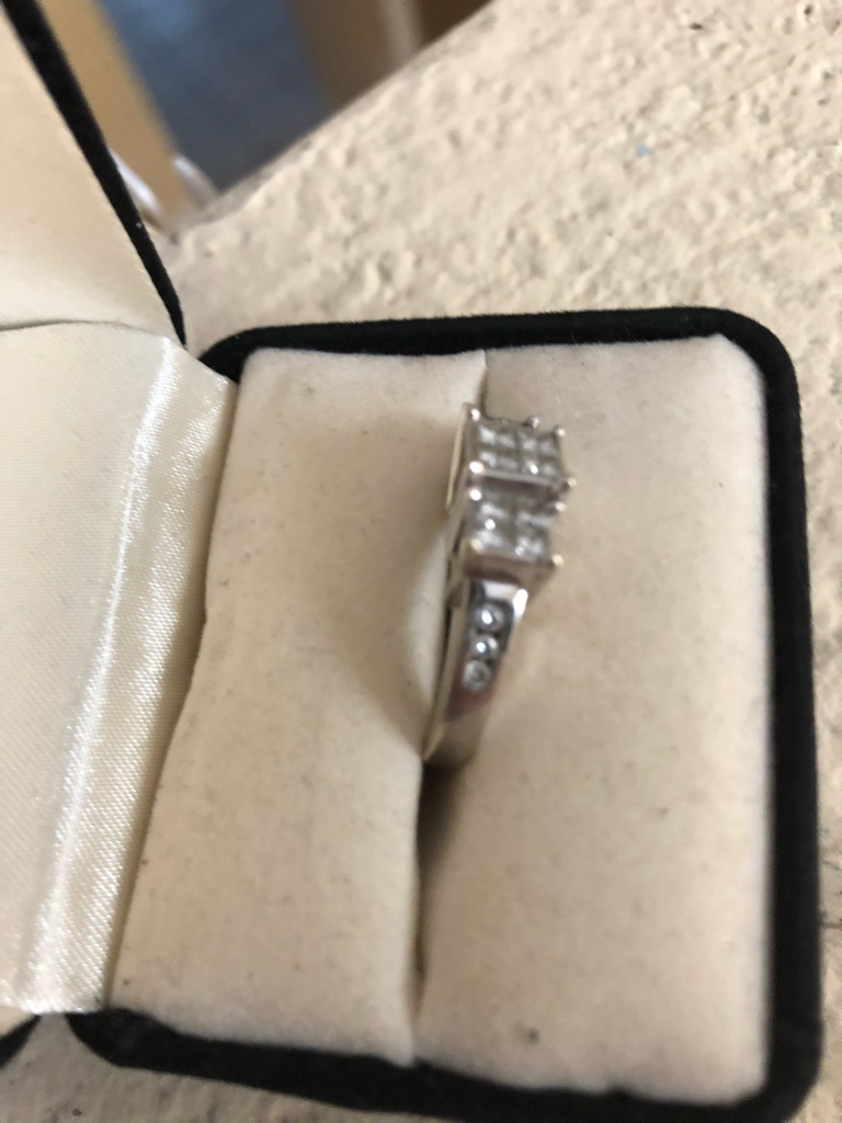 3karat engagement ring