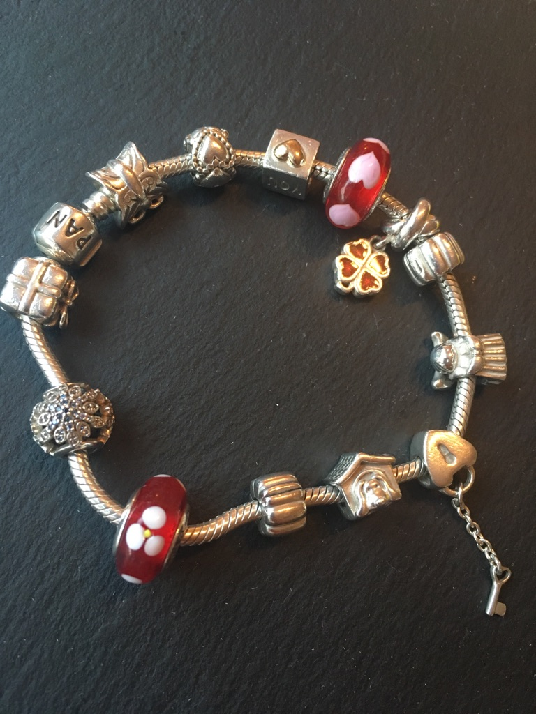 Pandora Bracelet with 10 x Original Charms