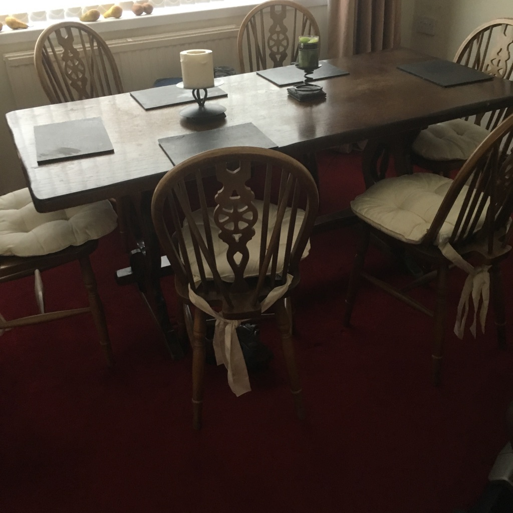 Priory table & 6 Chairs