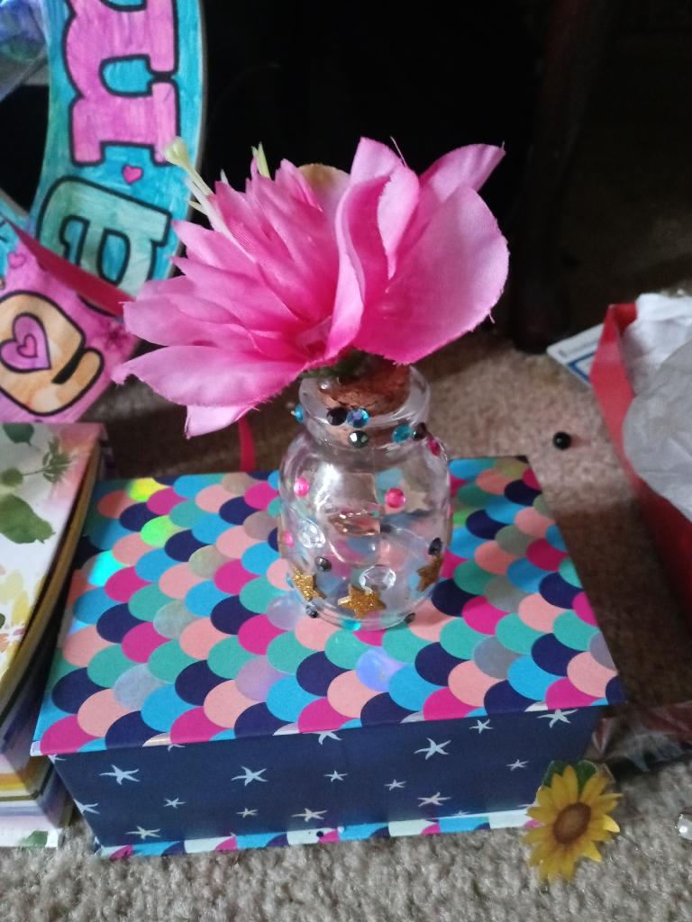 Medium box full of beautiful new fashion jewelry box for mom plus surprise