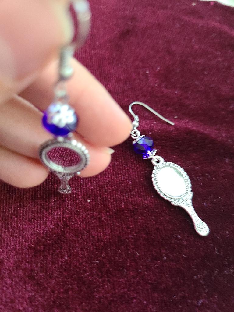 Mirror earrings beautiful snow white mom girl