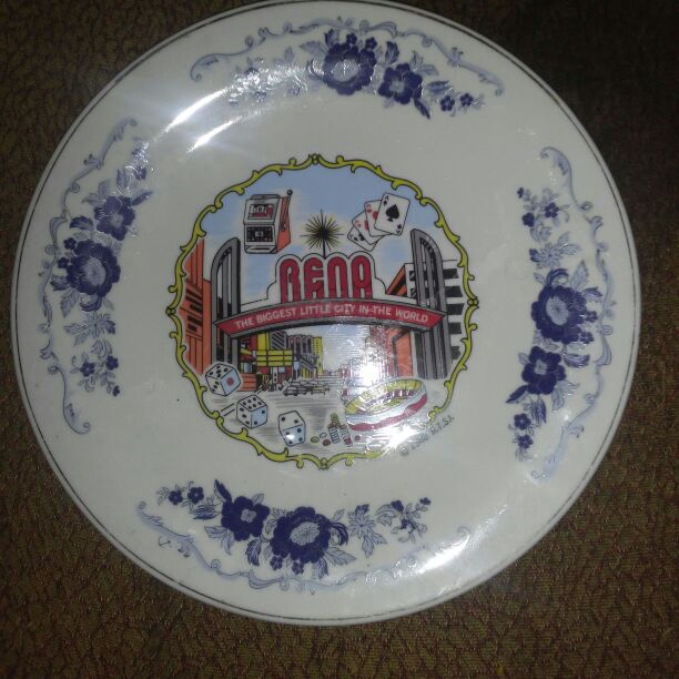 RENO Decorated Plate