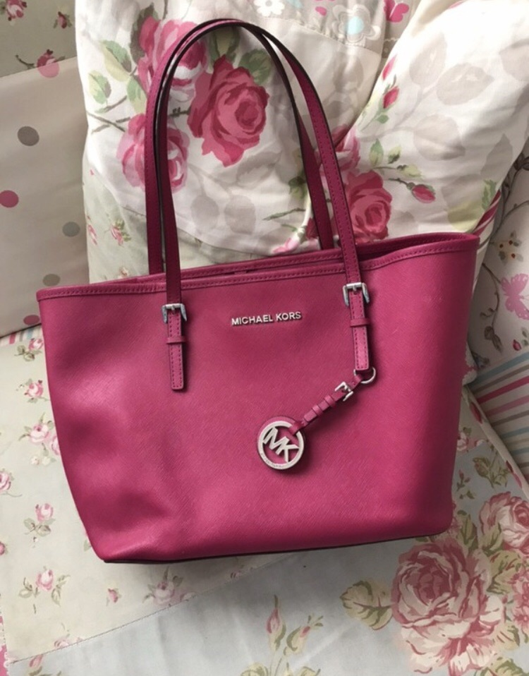 Michael Kors pink bag purse set