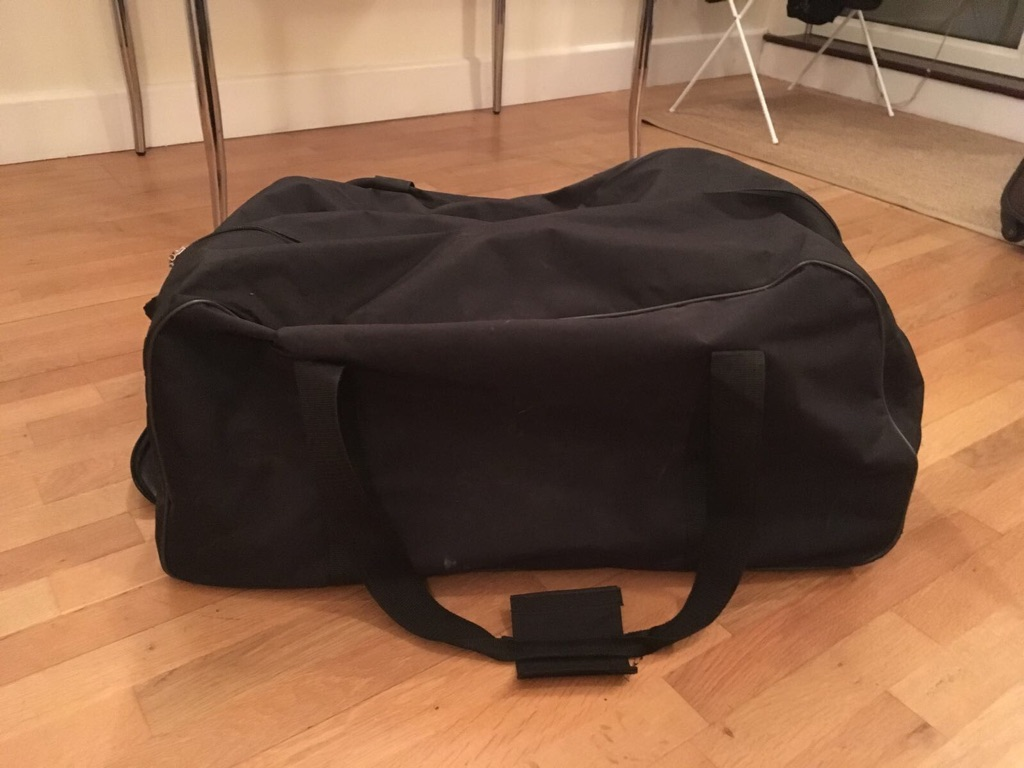 Large duffle bag with wheels