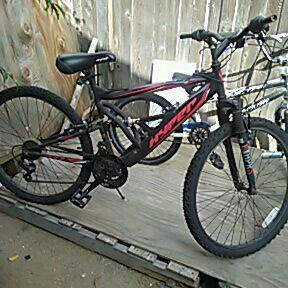 Hyper mountian bike