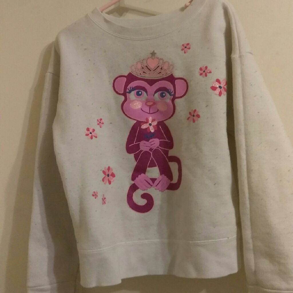 Girls sweater size M, 7/8