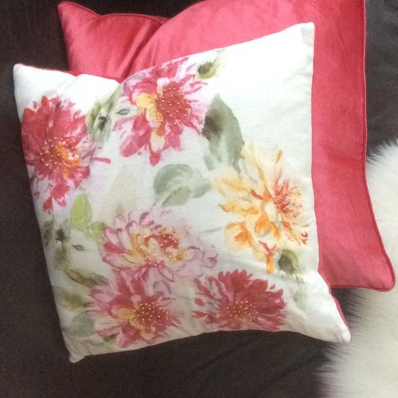 Laura Ashley Pink Dhalia Cushion