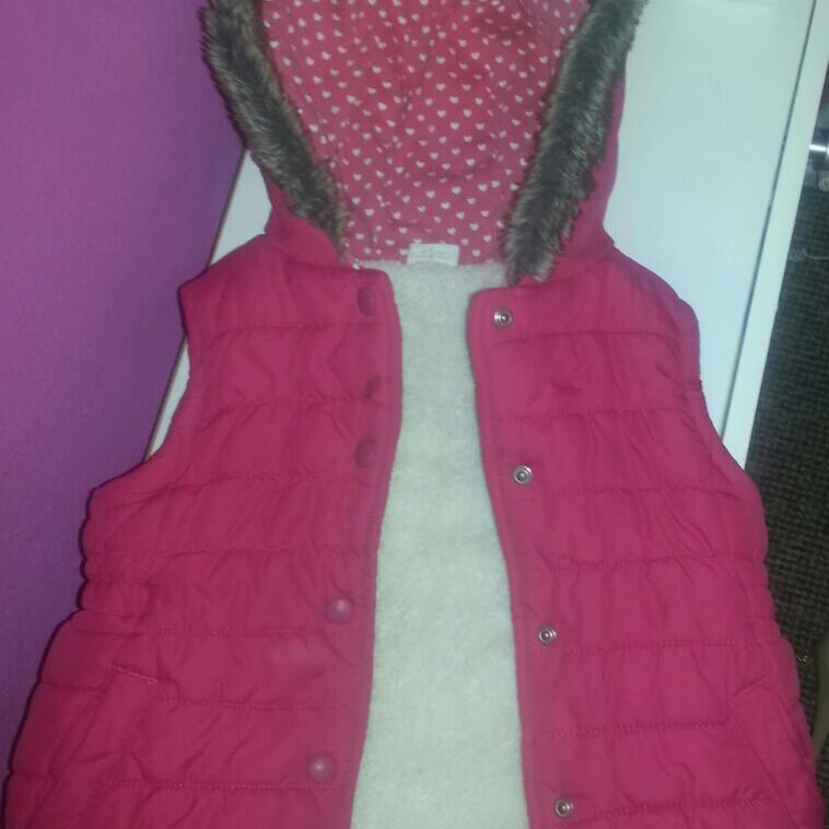Babygirls mini red armless bubble coat