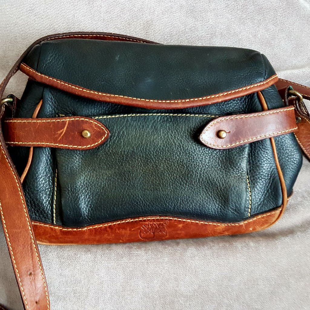 Ladies Timberland bag