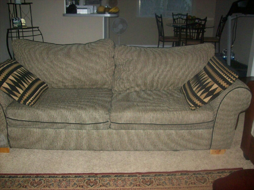 Coutch & love seat